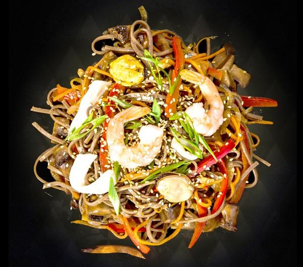 заказать: Wok Box - Соба с морепродуктами