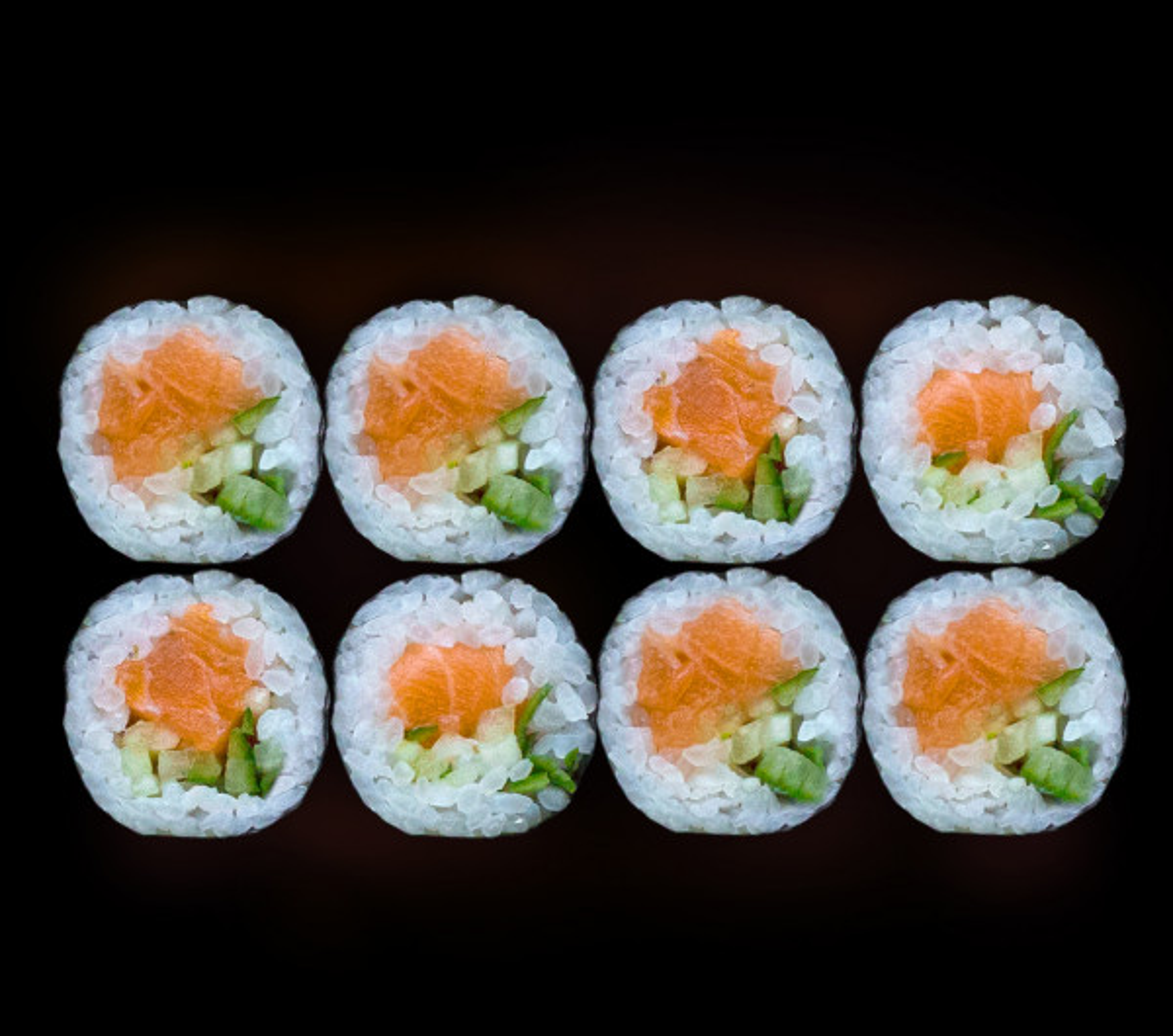заказать: Роллы - Маки с лососем и огурцом