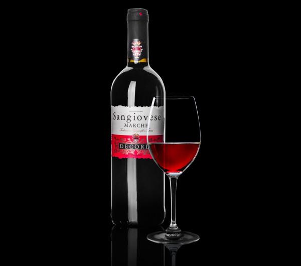 заказать: Напитки - Красное сухое вино, Италия